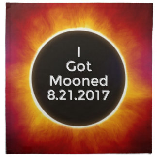 Amerikanische Sonnenfinsternis erhält Mooned am Stoffserviette
