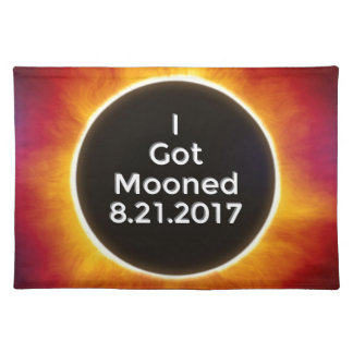 Amerikanische Sonnenfinsternis erhält Mooned am Tischset