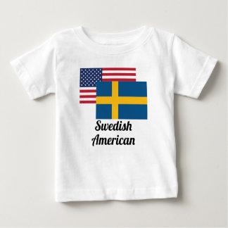 Amerikanische und schwedische Flagge Baby T-shirt