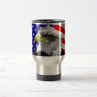 Amerikanischer Adler und Flaggen-patriotische Reisebecher