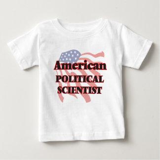 Amerikanischer Politikwissenschaftler Hemden