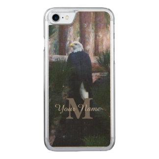 Amerikanischer Weißkopfseeadler und Monogramm Carved iPhone 8/7 Hülle