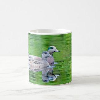Amerikanischer Widgeon-Paar-Keramik-Tasse