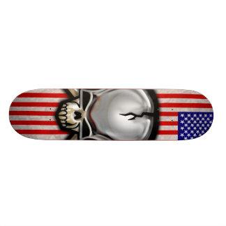 Amerikanisches Schädel-Flaggen-Skateboard Bedrucktes Skateboard