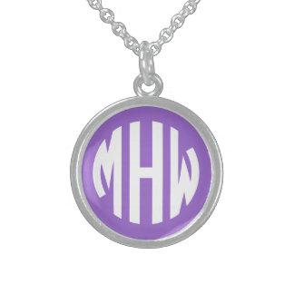 Amethyst Initialen des Weiß-3 in einem Sterlingsilber Halskette