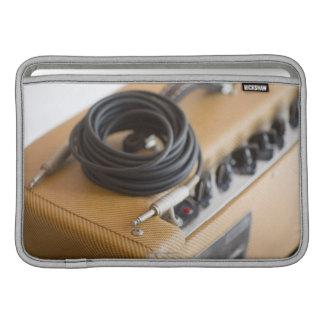 Ampere und Kabel MacBook Sleeves