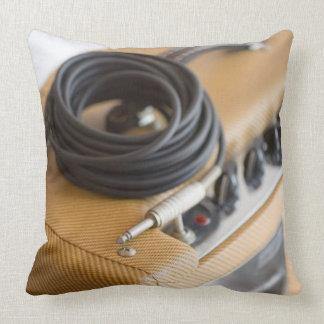 Ampere und Kabel Zierkissen