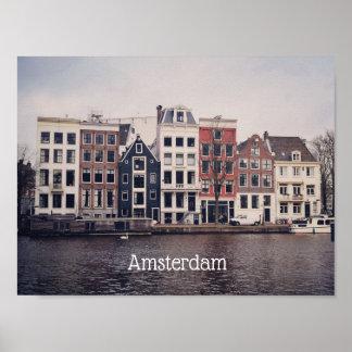 Amsterdam-Stadt bringt Plakat unter