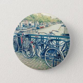 Amsterdamkanal und -fahrräder runder button 5,7 cm