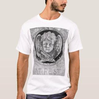 """""""An der Erholung"""" Engel-Schlaf-Shirt - besonders T-Shirt"""