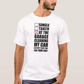 An der Garage, die mein Auto säubert T-Shirt