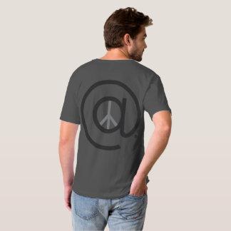 An V der Friedensmänner - Hals T-Shirt