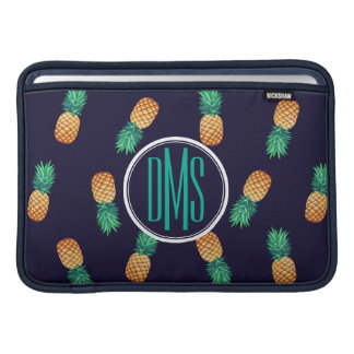 Ananas auf Monogramm der Marine-| MacBook Air Sleeve