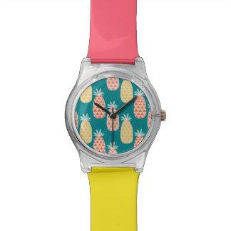 Ananas-Gekritzel-Muster Armbanduhr