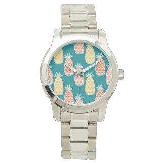 Ananas-Gekritzel-Muster Uhr
