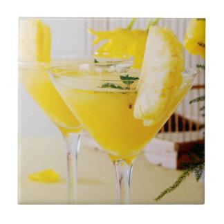 Ananas und Ingwer Fresca Cocktail Fliese