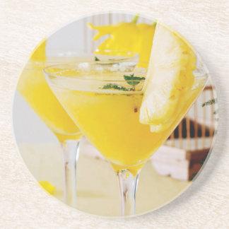 Ananas und Ingwer Fresca Cocktail Getränkeuntersetzer