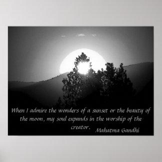 Anbetung des Schöpfers - Mahatma- Gandhizitat Poster