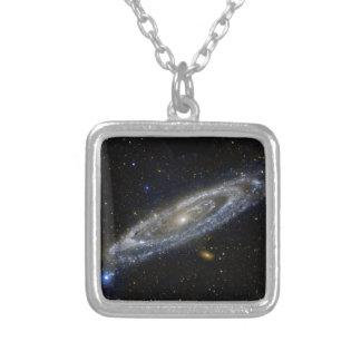 Andromeda Versilberte Kette
