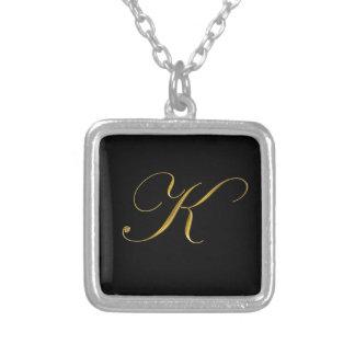 Anfangshalskette des Goldmonogramm-K Halsketten