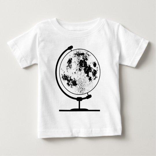 Angebrachte Mondkugel auf drehendem Schwenker Baby T-shirt