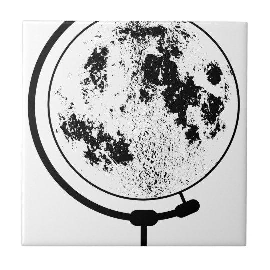 Angebrachte Mondkugel auf drehendem Schwenker Fliese