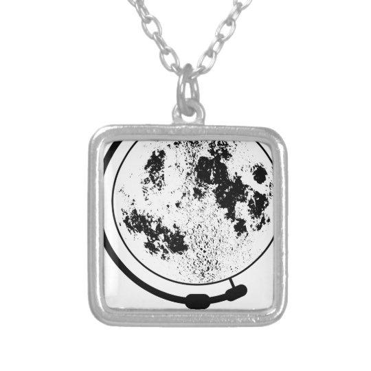 Angebrachte Mondkugel auf drehendem Schwenker Halskette Mit Quadratischem Anhänger