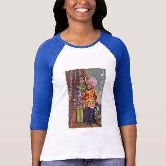 Angekleidet durch Mama-T-Shirt T-Shirt
