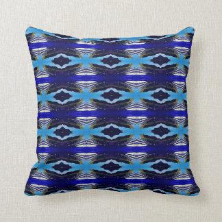 Angesagte Schatten des blauen Stammes- Musters Kissen