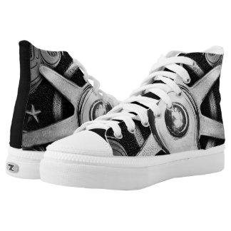 Angetriebene Klemmen Hoch-geschnittene Sneaker