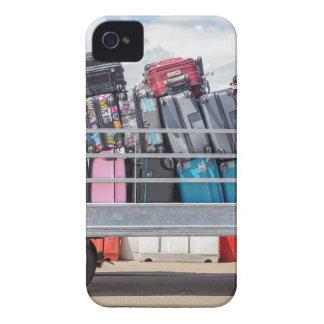 Anhänger auf dem Flughafen gefüllt mit iPhone 4 Case-Mate Hülle