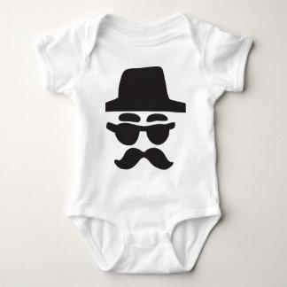 anonym - Typ Baby Strampler