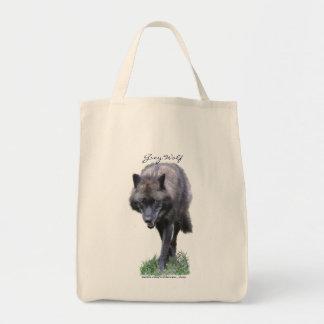 Anpirschender grauer Wolf für einen Tier-Anhänger Tragetasche