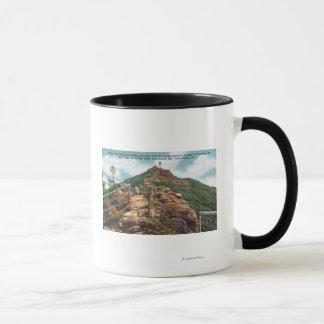 Ansicht der Fuß-Spur zum Gipfel Tasse