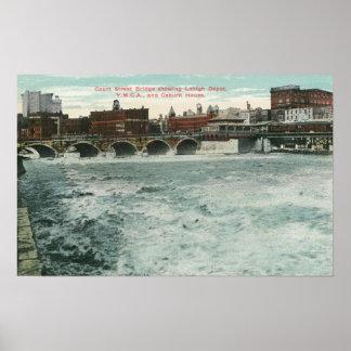 Ansicht der Gerichts-Straßen-Brücke, die Lehigh ze Poster