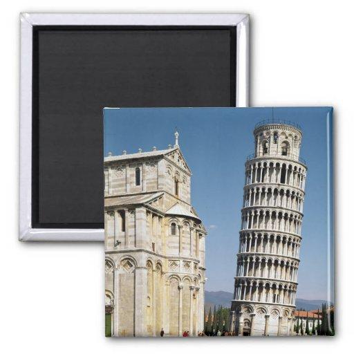 Ansicht des lehnenden Turms Magnets