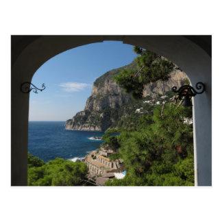 Ansicht in Richtung zu den Klippen auf Capri Insel Postkarte
