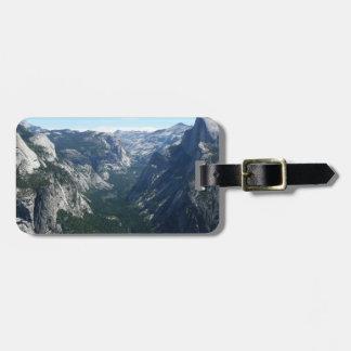 Ansicht vom Gletscher-Punkt in Yosemite Kofferanhänger