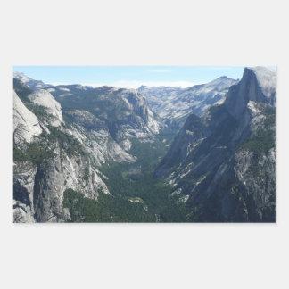 Ansicht vom Gletscher-Punkt in Yosemite Rechteckiger Aufkleber