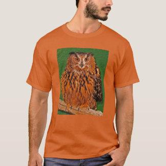 Anstarren der Eule T-Shirt