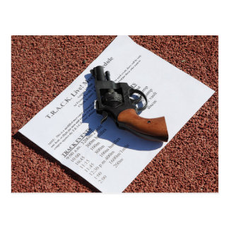 Anstellen des Gewehrs--2008 T.R.A.C.K. leben! Postkarte