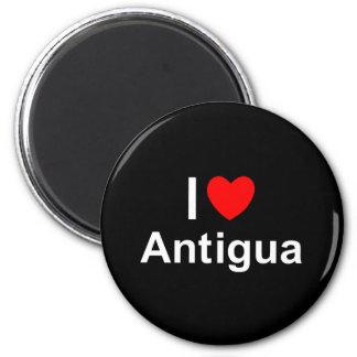 Antigua Runder Magnet 5,7 Cm