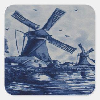 Antike blaue Fliese Delfts - Windmühlen durch das Quadratischer Aufkleber