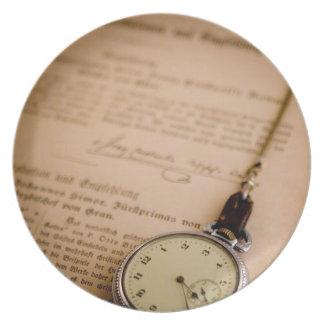Antike Buch-Papier-Taschen-Uhr Fob Flache Teller