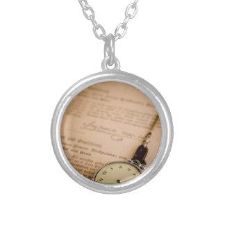 Antike Buch-Papier-Taschen-Uhr Fob Halskette Mit Rundem Anhänger
