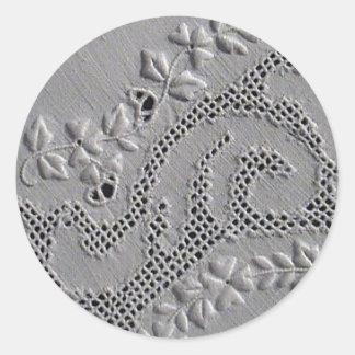 Antike gestickte Blumen Runder Aufkleber
