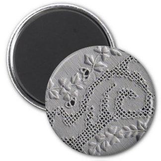 Antike gestickte Blumen Runder Magnet 5,1 Cm