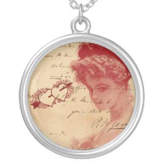 Antike Liebe-Buchstabe-Halskette Halskette Mit Rundem Anhänger