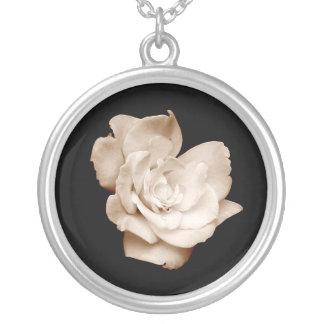"""""""Antike Rosen-"""" Halskette"""