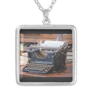 Antike Schreibmaschinen-Halskette Halskette Mit Quadratischem Anhänger